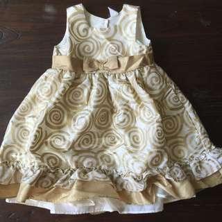 瑞典H&M女童金色螺旋華麗禮服