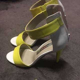 Wayne By Wayne Cooper High Heels Size 7