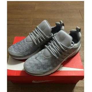Nike 魚骨鞋 灰 全新 10號