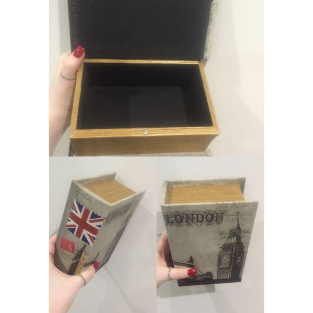 London Storage Book