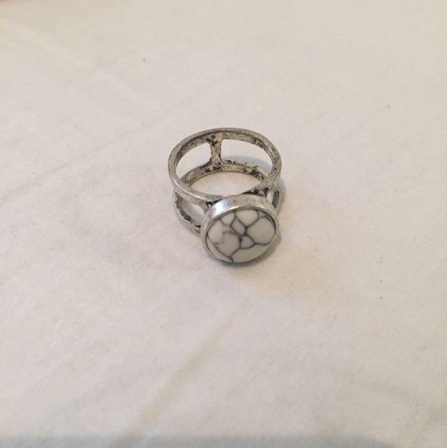 Lovisa Marble Ring