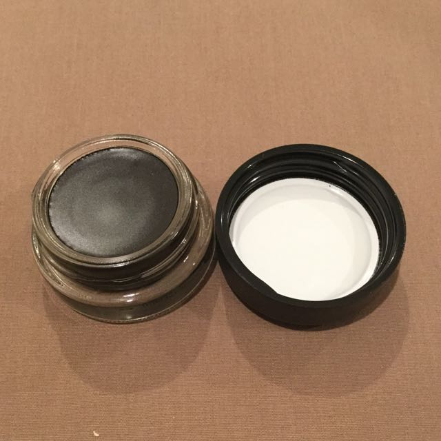 MAC Pro Longwear Paint Pot NEW