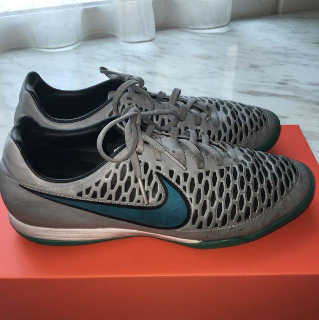 Nike Magista Obra 2 Club FG Men's