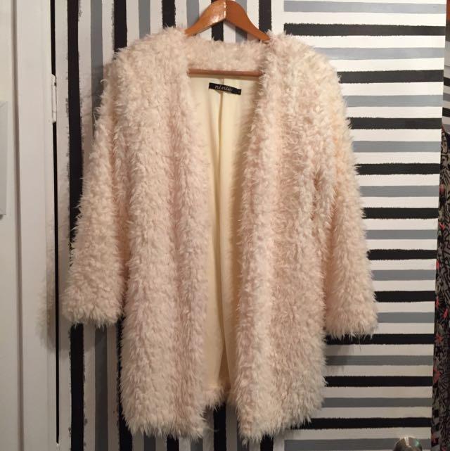 """""""Ninie"""" White Cream Fluffy Soft Jacket Coat Size S"""