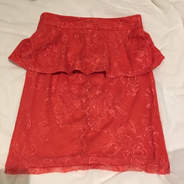 Red Peplum Lace Knee Length Skirt