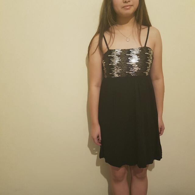 Size 10 SES Strapped A-Line Sequin Formal Dress