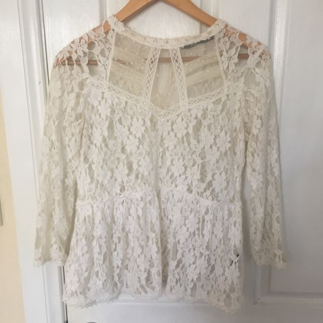 Sportsgirl Lace Long Sleeve Top