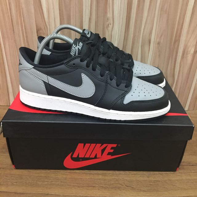 sports shoes 043d5 1506c US 6.5 Air Jordan 1 Retro Low OG Shadow, Sports on Carousell