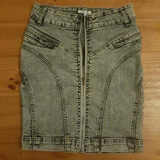 Valleygirl Highwaisted Skirt Acid Washed