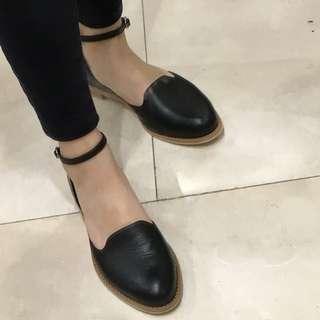 All Black Miho 繫帶樂福鞋 36號 9成新