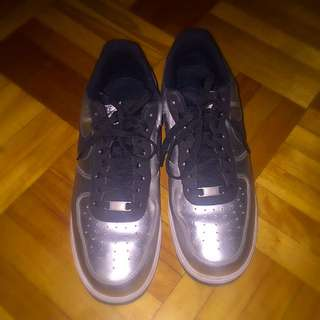 Nike Air Force 1 Mettalic Silver