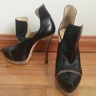 Arthur Galan Black Heels