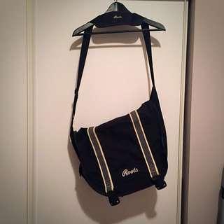 Roots Sidebag