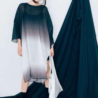 知名網拍  漸層灰開衩寬鬆洋裝  不含內搭背心