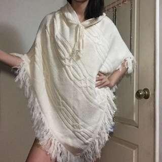 米白色針織毛衣連帽斗篷流蘇上衣秋冬款