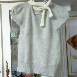 降-灰色蝴蝶結針織毛衣(含運)