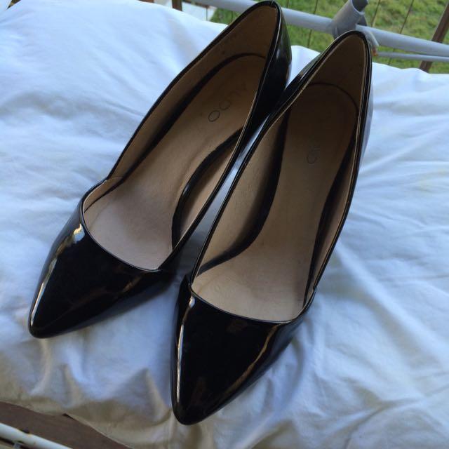Black Point Heels