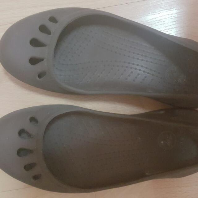 Brown Crocs