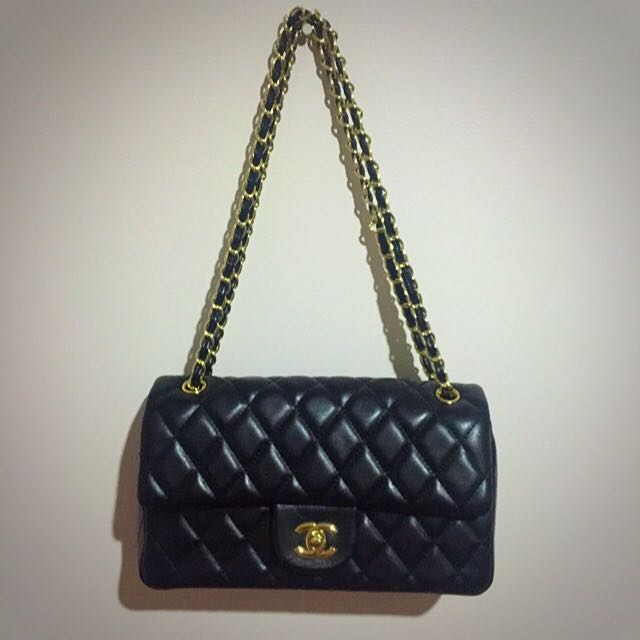 Chanel Hangbad