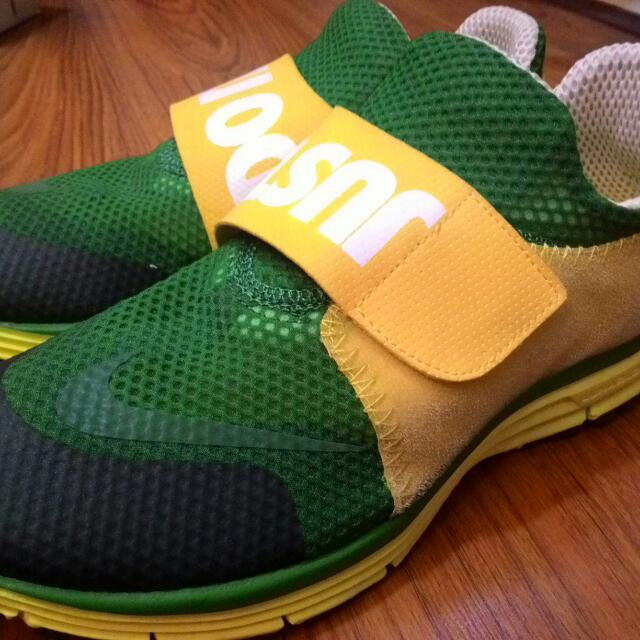 For SALE  NIKE LUNAR FLY 306 9b631e1bc