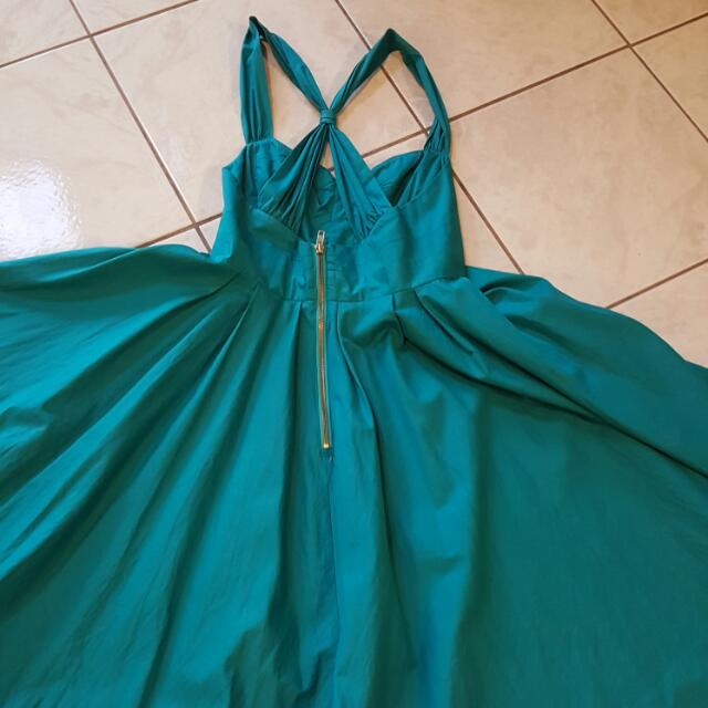 French Connection Turquoise Cocktail Dress With A Gold Zipper At The Back