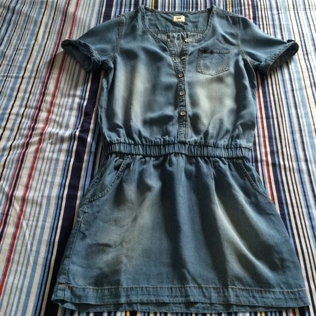 Lee denim dress