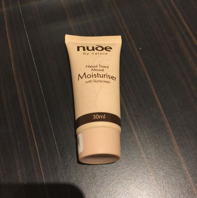 Tinted Mineral Moisturizer