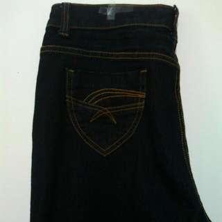 (全新)深色直統牛仔褲