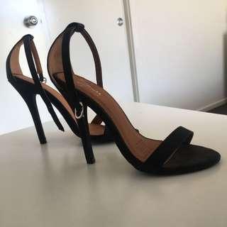 NEW Spurr Heels | Flash Sale