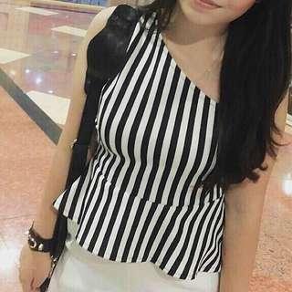 Peplum Black N White