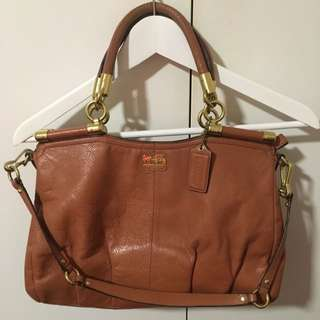 Coach Genuine Leather 100% Authentic