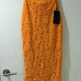 Alex Perry Lace skirt