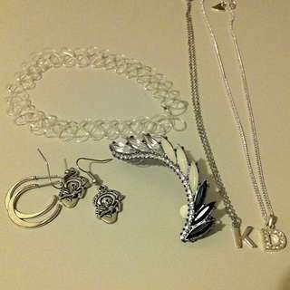 Assorted Silver Jewellery