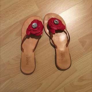 Hobbs Flip Flops Size 36