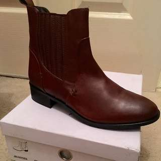 Brown Boots Size 39/8.5 Jo Mercer