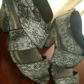 Size 10 Criss Cross Heels