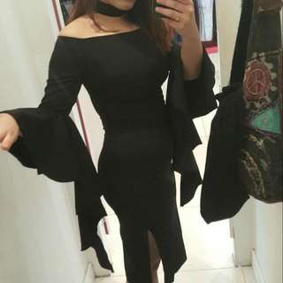 Black Tight Midi Dress With Split And Flared Sleeves