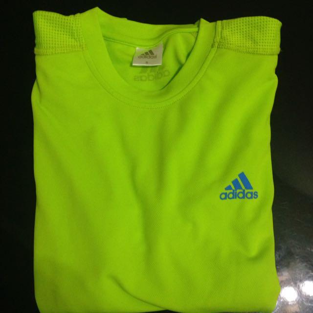 Adidas  蘋果綠排汗運動衫(男s)