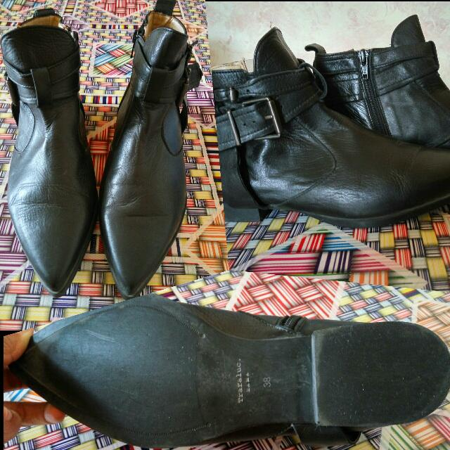 Booth Leather