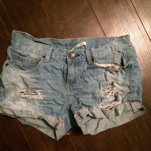 Boyfriend-style Jean shorts