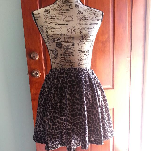 COTTON ON Leopard Print Skater Skirt