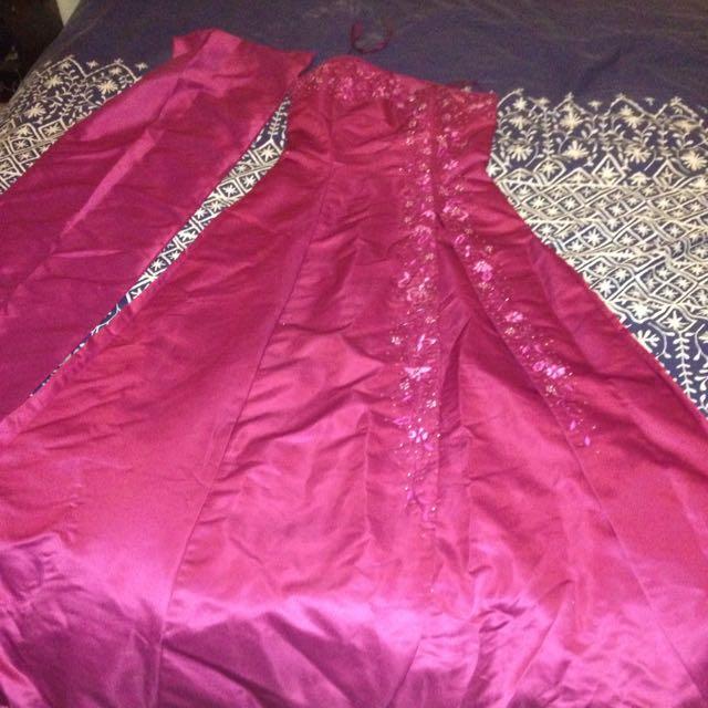 Elegant Purple Formal Gown (adjusted)