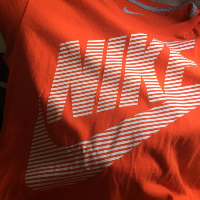 Large Nike Shirt (quite Small For A Large)