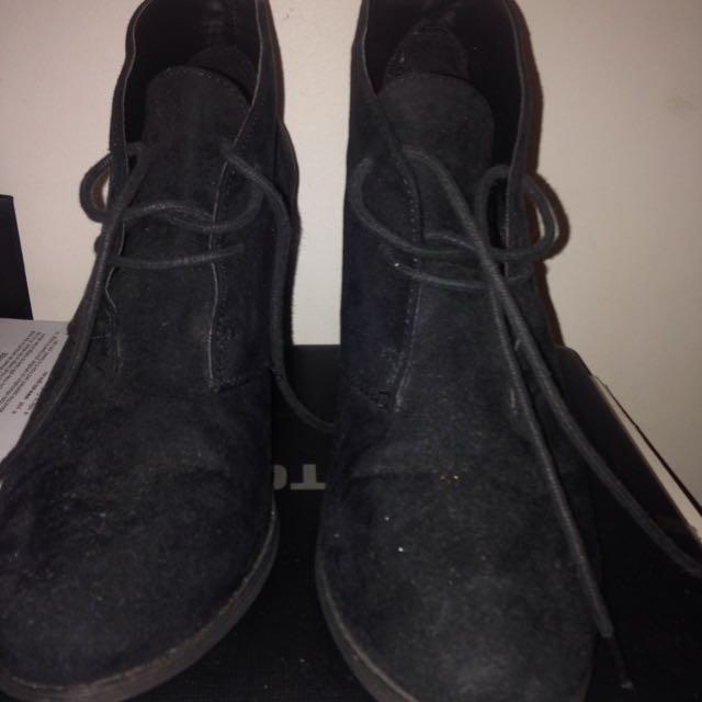NOVO Heeled Ankle Boots