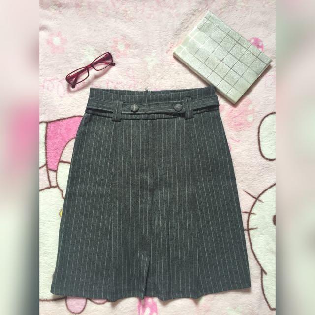 Office/OJT Skirt