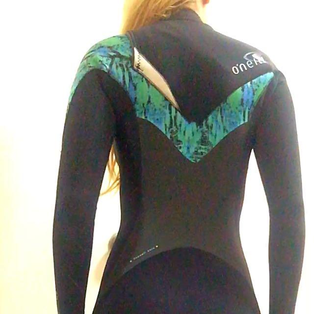 O'Neill Women's Wetsuit 3/2 Size 6