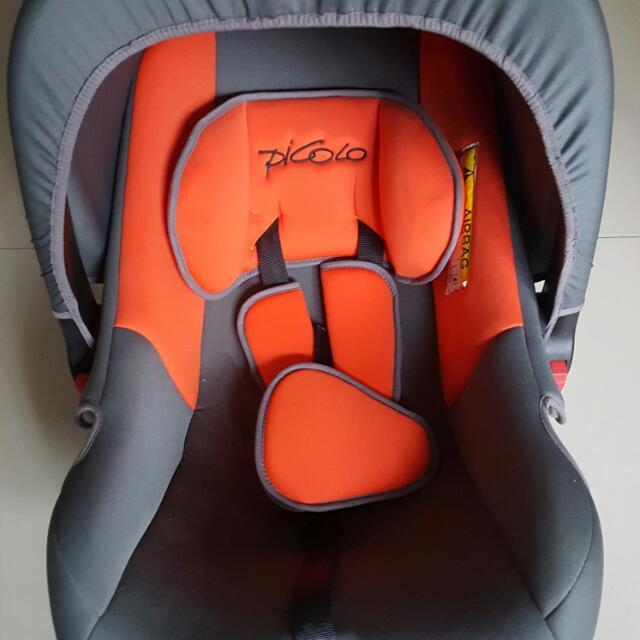 Picolo Baby Car Seat