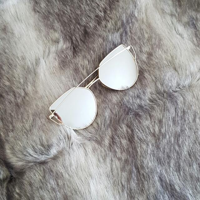 Silver/gold Sunnies