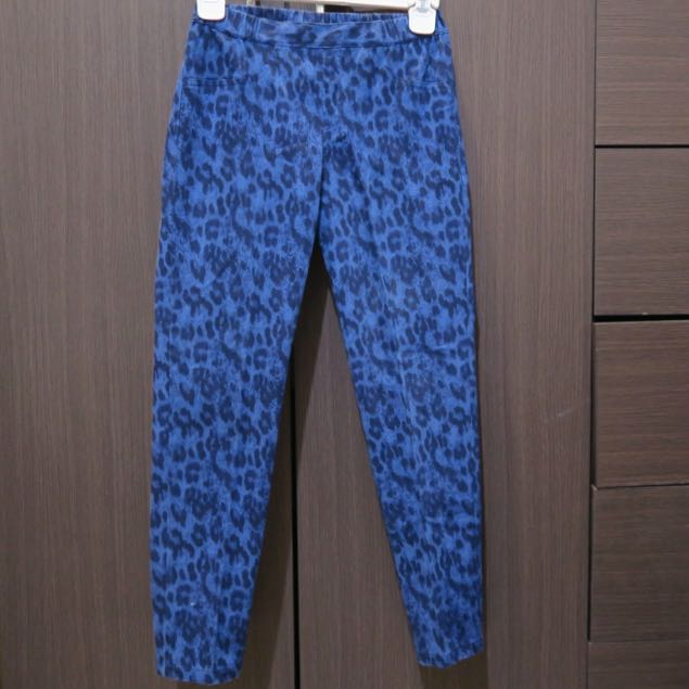 'UNIQLO' Cropped Legging Blue Leopard
