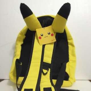 🚚 聖誕 禮物 全新✨日本 皮卡丘 神奇寶貝中心 耳朵 雙肩 背包 Pokemon 寶可夢 Pikachu
